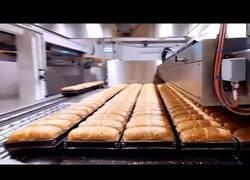 Enlace a Así se hornea el pan de manera industrial