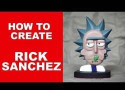 Enlace a Creando una perfecta figura tallada de Rick, de 'Rick & Morty'