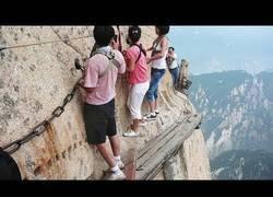 Enlace a Estas son las atracciones turísticas más peligrosas del mundo