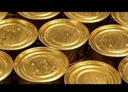 Enlace a Así se preparan las latas de conserva de pescado en las fábricas