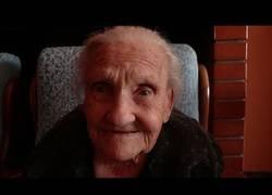 Enlace a Personas de 0 a 104 años en la isla de Cerdeña