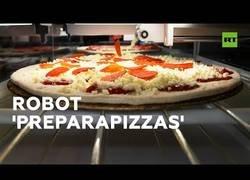 Enlace a El robot que podría dejar sin empleo a miles de pizzeros