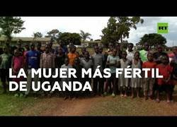 Enlace a Mariam Nabatanzi, una madre ugandesa con 44 hijos