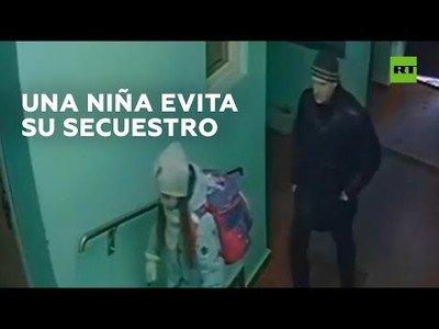 Una niña consigue engañar a un hombre que la estaba siguiendo