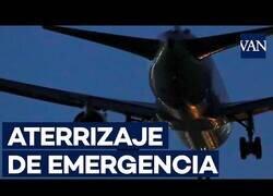 Enlace a Así ha sido el aterrizaje de emergencia en Barajas del avión averiado de Air Canada