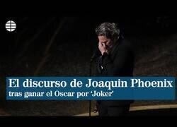 Enlace a El conmovedor discurso de Joaquin Phoenix tras ganar el Oscar a mejor actor