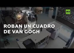 Enlace a Un ladrón roba un cuadro de Van Gogh en pleno confinamiento