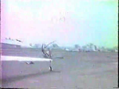 Esto es lo que pasa cuando un hombre sin experiencia pilota un helicóptero