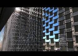 Enlace a El edificio con una fachada que interactua con el aire en Clayton, EEUU