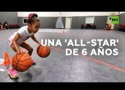 Enlace a Esta niña es una crack del baloncesto con tan solo 6 años