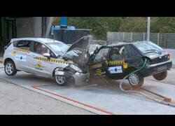 Enlace a Crash Test entre coches modernos y coches antiguos