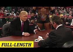 Enlace a El día que Donald Trump participó en el show de la WWE