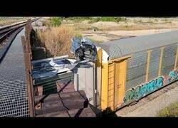 Enlace a Cuando tu tren no pasa por el puente, pero eres un maquinista muy tozudo