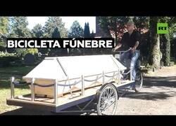 Enlace a Un alemán crea la 'bicicleta fúnebre'