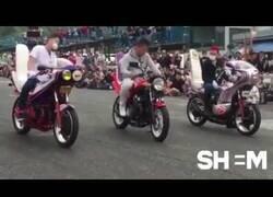 Enlace a Competición japonesa de crear melodías con las revoluciones de una moto