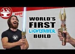 Enlace a Fabricando un sable láser real de Star Wars