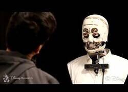 Enlace a El 'hiperrealista' robot interactivo que ha creado Disney