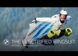 Enlace a BMW crea un motor para el traje de alas