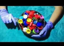 Enlace a Como fundir tapones de plástico y hacer una taza casera