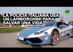 Enlace a La Policia italiana transporta un riñón en un Lamborghini para llegar a tiempo