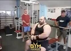 Enlace a Recopilación de fails en el gym