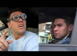 Enlace a Mirando de forma incómoda a otros conductores