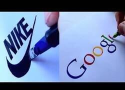 Enlace a La caligrafía de este hombre es capaz de calcar logos famosos