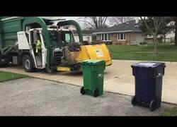 Enlace a El día que el camión de la basura dijo basta
