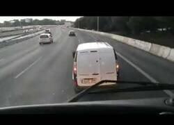 Enlace a Cuando un conductor la toma contigo en la carretera