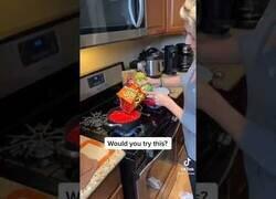 Enlace a Deberían prohibir cocinar a los americanos...