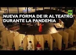 Enlace a La novedosa forma de ir al teatro durante la pandemia
