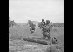 Enlace a Así enviaban equipamiento especial a los soldados ingleses en la guerra