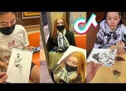 Enlace a Dibujando a extraños en el metro de nueva York