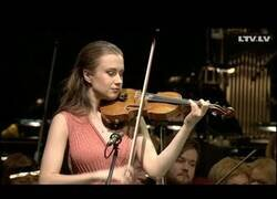 Enlace a Cuando se te rompe una cuerda del violín en plena actuación