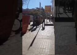 Enlace a Bochornosa detención en Barcelona por no llevar la mascarilla