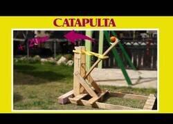 Enlace a Fabricando una catapulta casera