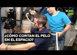 Enlace a Así se cortan el pelo los astronautas