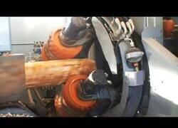 Enlace a Líneas y máquinas automáticas para manipular madera