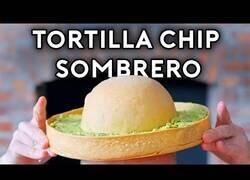 Enlace a Haciendo realidad el sombrero de taco con guacamole