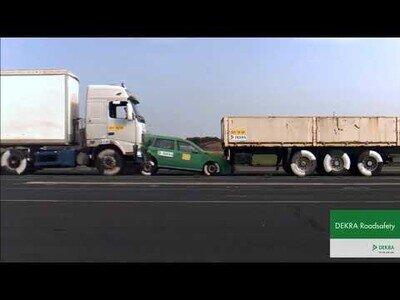 Lo que un camión a 43 km/h puede llegar a hacer