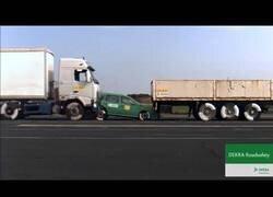 Enlace a Lo que un camión a 43 km/h puede llegar a hacer