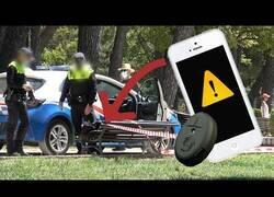 Enlace a Poniendo a prueba la honradez de la gente con un iPhone abandonado