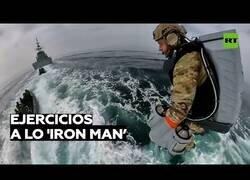 Enlace a Militares británicos prueban trajes voladores