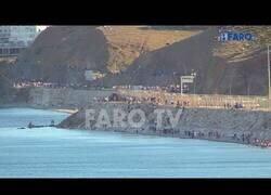 Enlace a Así cruzaron miles de marroquís la frontera de Ceuta
