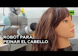 Enlace a Crean un robot capaz de peinar el cabello