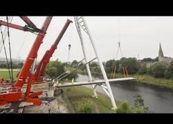Enlace a Construcción rápida de puentes y grúas modernas