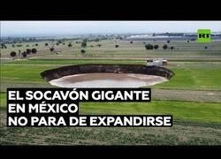 Enlace a Aparece en México un socavón gigante que no para de expandirse
