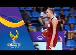 Enlace a El día que la selección femenina rusa se anotó en propia ante España