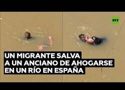 Enlace a Un migrante senegalés salva a un anciano de ahogarse en un río en Bilbao