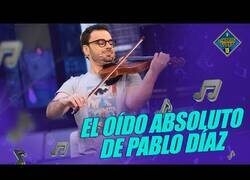 Enlace a La habilidad de Pablo Díaz, reciente ganador de Pasapalabra, para reconocer melodías musicales